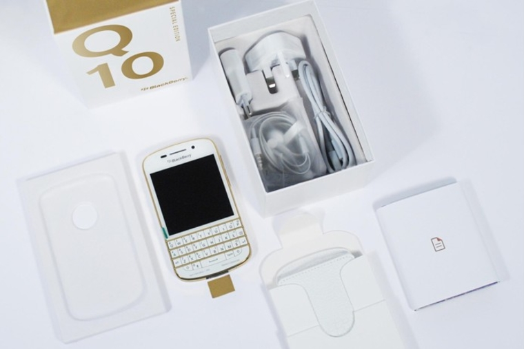 BlackBerry launches special edition Q10