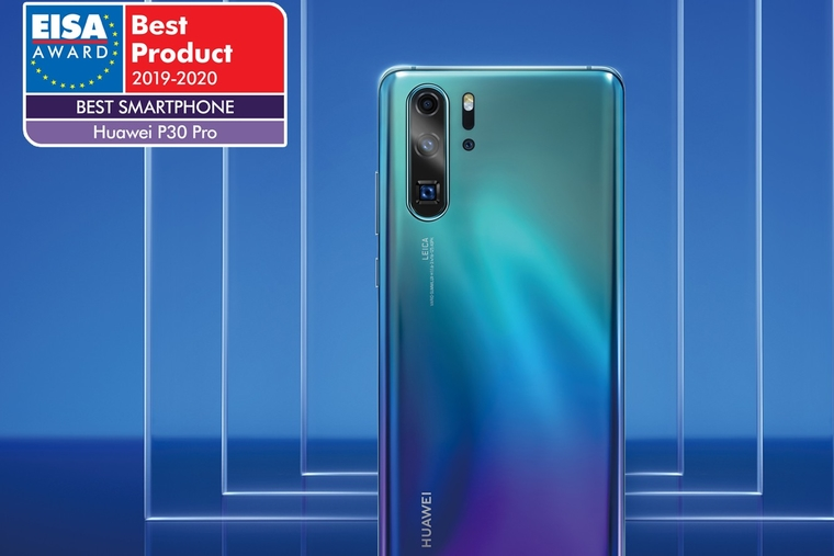 """Huawei wins EISA's """"Smartphone of the Year"""" with the P30 Pro"""
