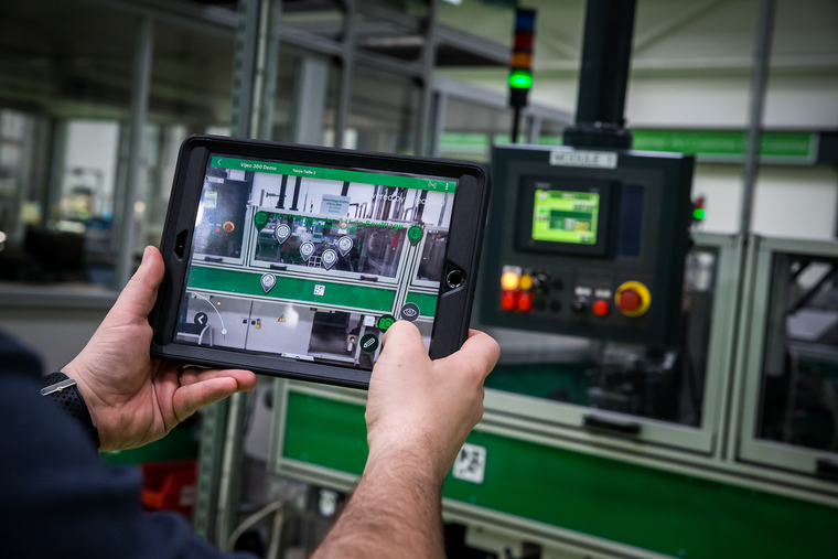 Orange and Schneider Electric team up for experimental 5G connected factory trials in France
