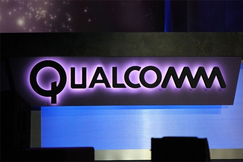 Qualcomm takes dive after missed projections