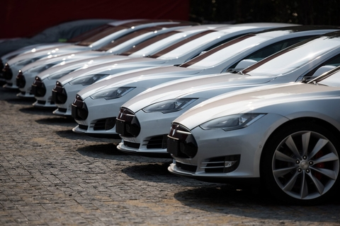 Dubai Taxi Corporation takes delivery of 50 Tesla cars