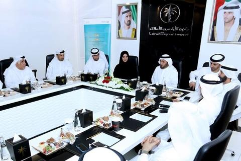 Smart Dubai Office discusses plans with Dubai Land Department