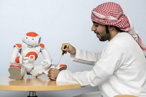 UAEU professors to build emotional robot