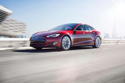 Tesla to open new Dubai showroom this month