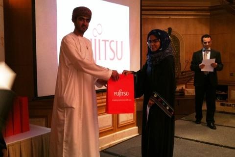 Fujitsu rewards 15 students in Oman