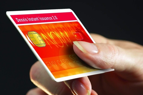 Al Rajhi Bank issues half a million EMV cards on the spot