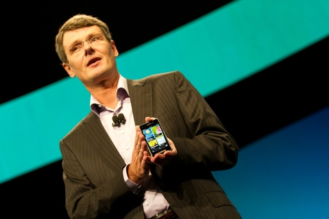 RIM unveils BlackBerry 10 platform