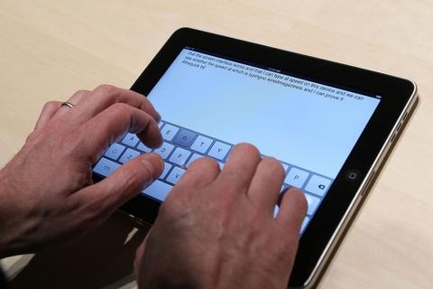 33% of UAE mobile users use Apple