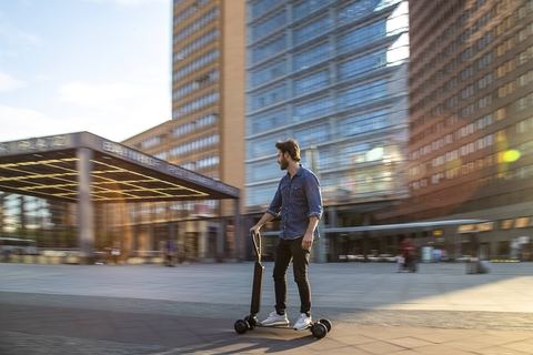 Audi combines e-scooter with skateboard, because it can